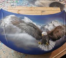 Haube mit Adler-Motiv